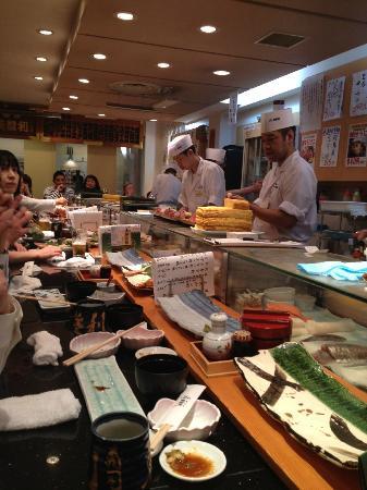 Umegaoka Sushi No Midori Sohonten Shibuya: The chefs / the restaurant