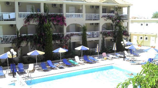 Tsilivi Admiral Hotel: La seconde piscine