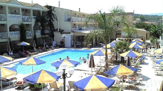 SuneoClub Tsilivi Admiral Hotel: La première piscine