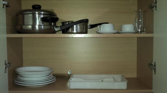 SuneoClub Tsilivi Admiral Hotel: Ustensile de cuisine pour 4