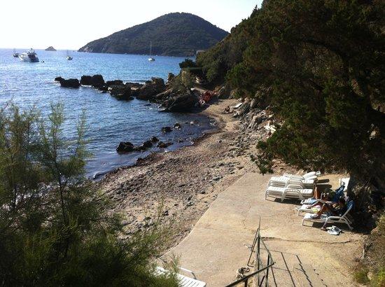 Hotel Paradiso:                                     Spiaggia - no comment