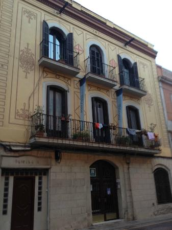 Hostal Poblenou Bed & Breakfast: fachada del hostal