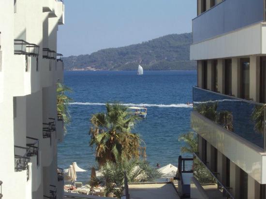 Asli Hotel: view