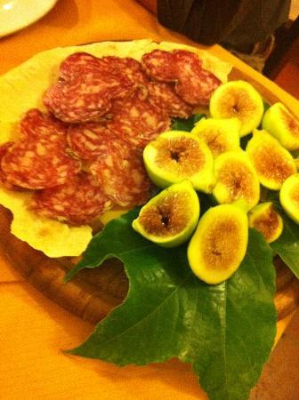 Ristorante Manuelina: Salame e fichi