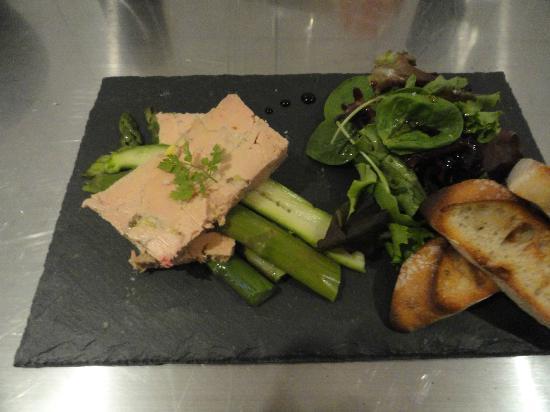 foie gras de canard mi cuit accompagnement selon saison photo de rocbaron var tripadvisor. Black Bedroom Furniture Sets. Home Design Ideas