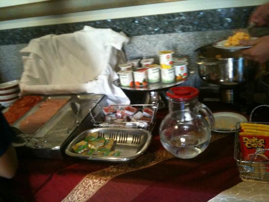 Residencial Horizonte: Petit déjeuner : pas de choix