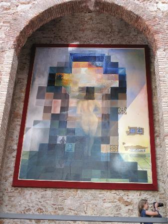 Figueres, Espagne : Dali's Gala and Abraham Lincoln portrait