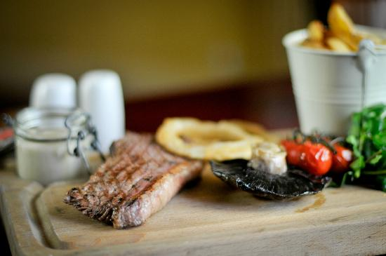 The Brewhouse: Steak grill with hand cut chips