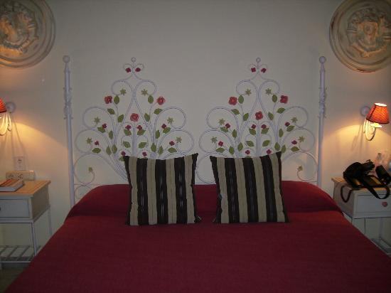 Hotel Doña Manuela: Camera Spaziosa