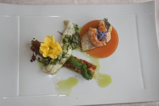 Restaurant Amoulat : Goûteux et coloré le plat de poissons