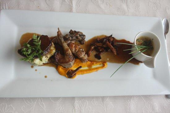 Restaurant Amoulat : Plusieurs variétés de viandes, joliment présentées