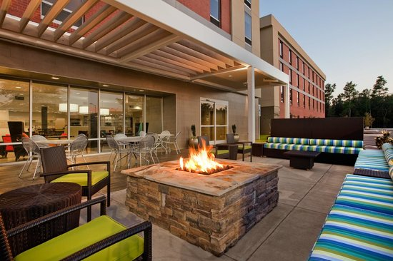 outdoor patio living area fire pit picture of home2 suites by