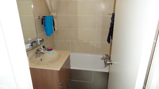 Resideal Bernard de Ventadour : kleine badkamer