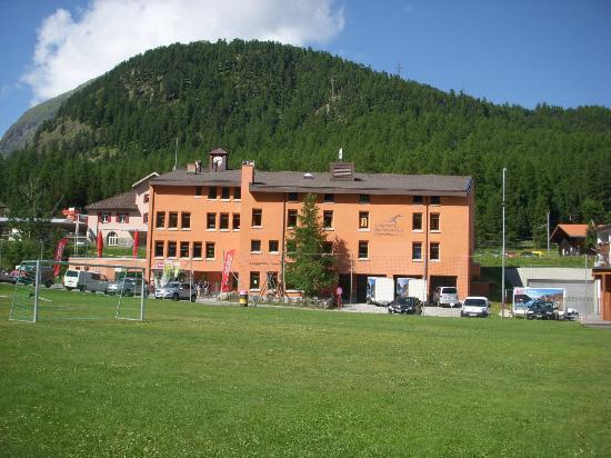 Jugendherberge Pontresina: esterno hotel