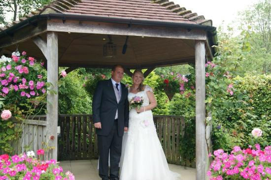 Little Silver Country Hotel: Gazebo