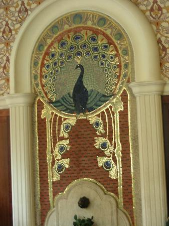 Hotel Palatinus City Center: Mosaik im Speisesaal