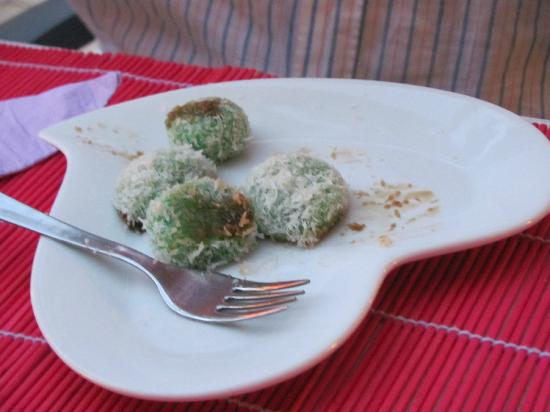 Restaurante Indonesia: Klepon, desert the Indonesian way