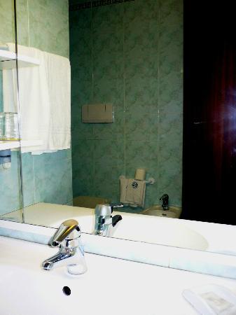 Millepini Terme Hotel: Bagno - dettagli