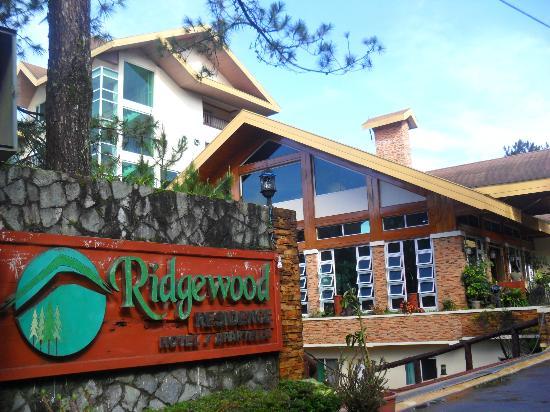 Ridgewood Hotel: Hotel front