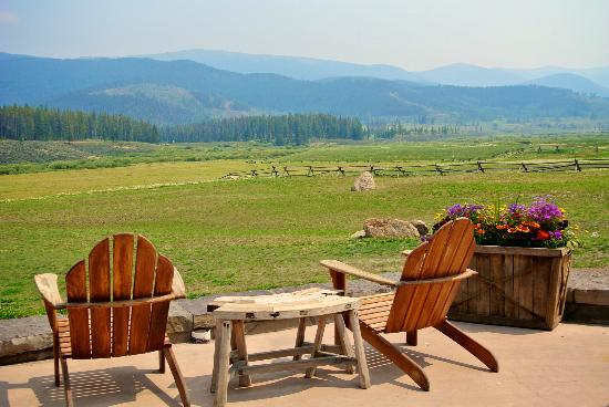 Ranch House Restaurant & Saloon : Pleasant place to camp out