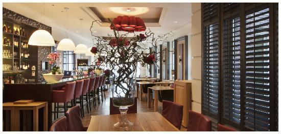 Hotel Dux: Brasserie - Restaurant