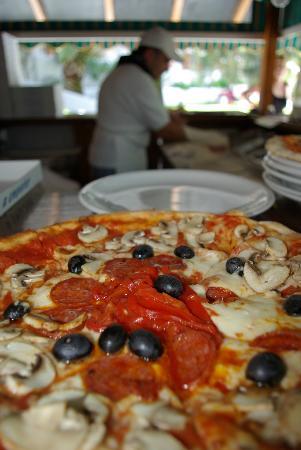 Pizzeria Martha's : Pizza