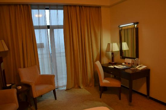 Cohere Hotel Changde : Writing table