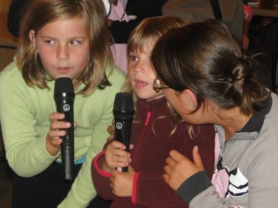Camping Les Portes Du Beaujolais : Animation enfant