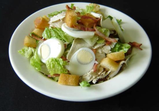 More! Espresso Bar: Salad
