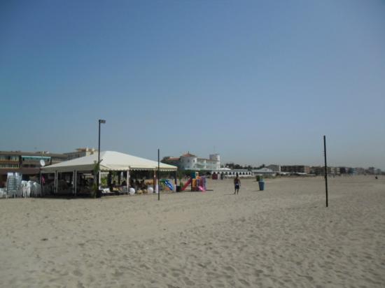 Hotel Playafels: das Hotel vom Strand aus