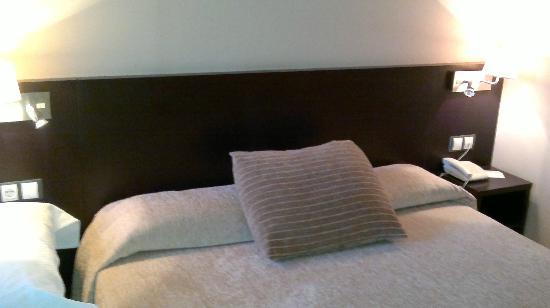 Spa Hotel Ciudad de Teruel: detalle cama