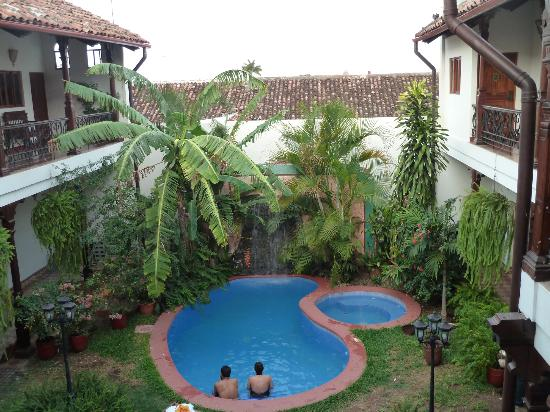 Hotel Dario: small pool to cool off