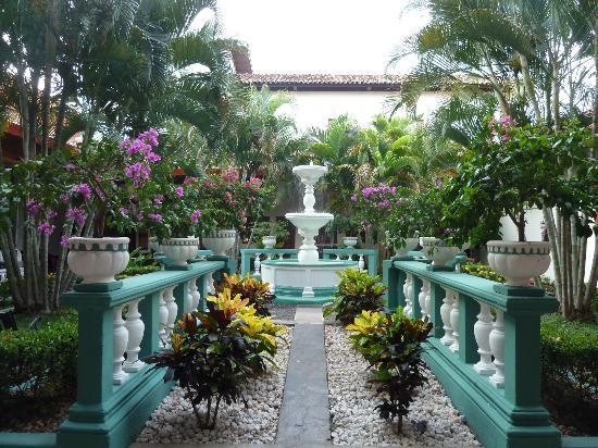 Hotel Dario: Inner courtyard