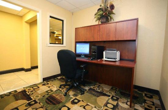 Comfort Inn Airport Turfway Road: Business Center