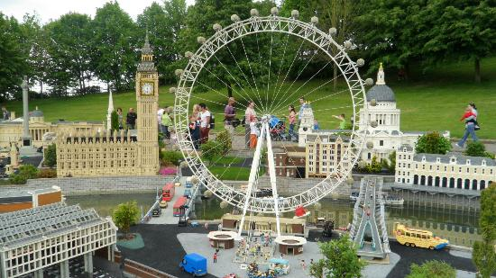 Legoland Windsor Resort Hotel: Lego