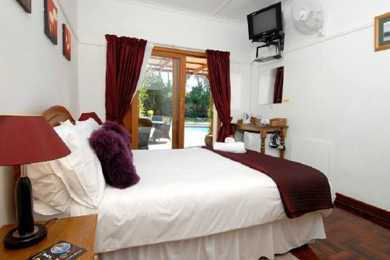 Eltham Lodge: Guest room en-suite