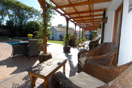 Eltham Lodge: Garden