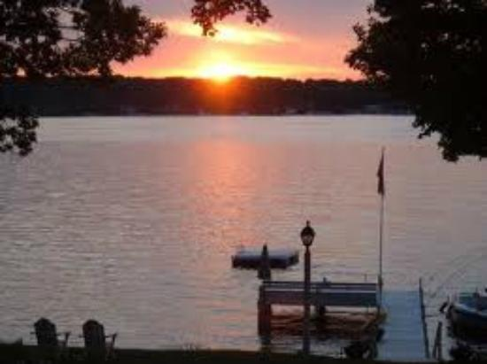 Lake Lawn Resort : Sunset was the best