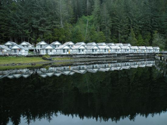 Waterfall Resort Alaska: Fishing Cabins once used for staff at the cannery