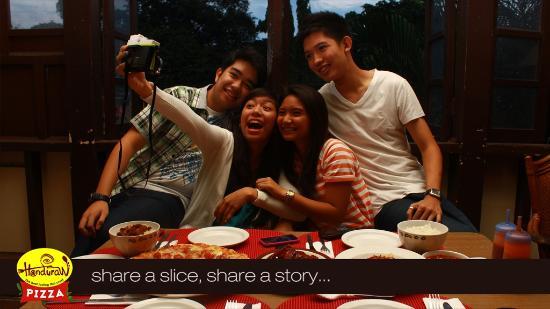 handuraw pizza gorordo share a slice share a story