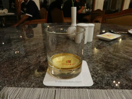 Trident: bar