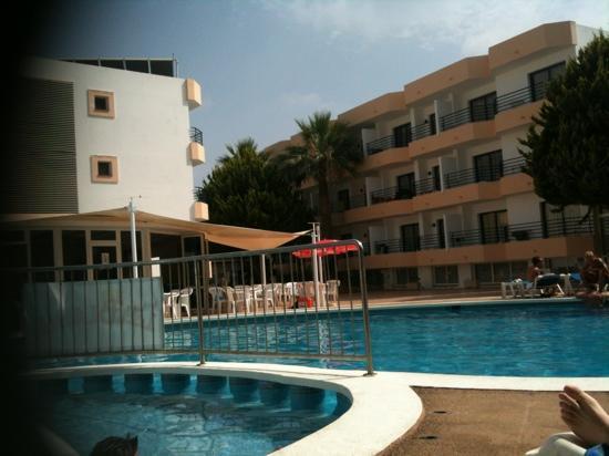 Hotel Club La Noria: vista desde la piscina