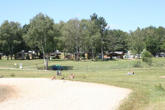 Camping Domaine du Lac de Miel: chalets