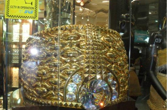 Emirate of Dubai, United Arab Emirates: Anillo mas grande del mundo
