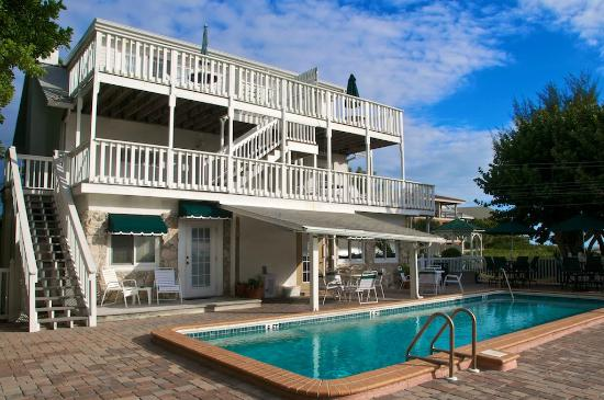 Harrington House Beachfront Bed & Breakfast