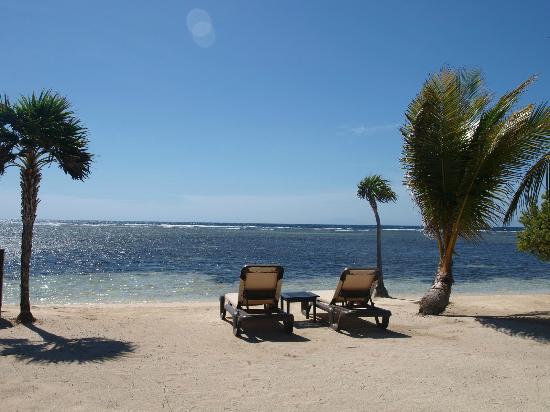 Barefoot Cay: Beach