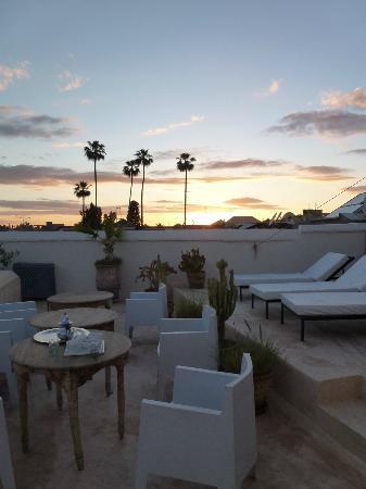Riad Dar-K : Coucher du soleil depuis la terrasse