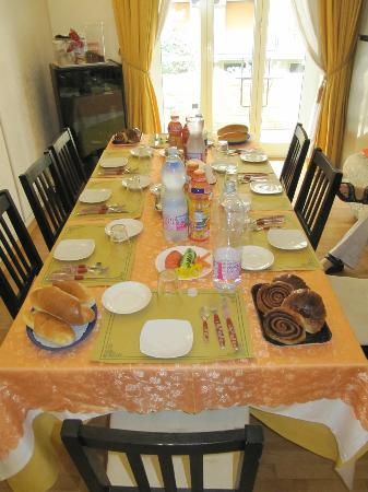 Kosher Bed & Breakfast La Casa di Eva : Breakfast!
