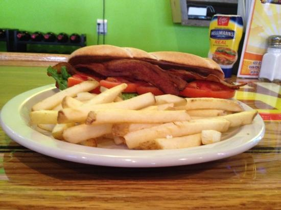 Slim and Shorty's : Monday BLT Special
