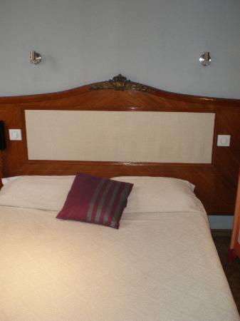 Arnaud Bernard Hotel: chambre